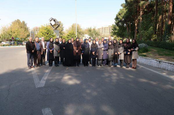 نشست صمیمی رییس سازمان ملی استاندارد ایران با کارکنان روابط عمومی و ارتباطات بین الملل